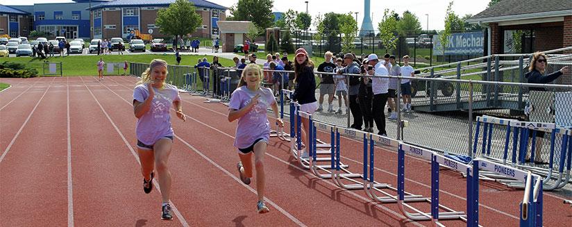 Ryans Race Girls End 201